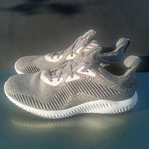 size 40 7a557 7d900 Adidas Shoes - Mens Adidas Alphabounce Hpc Aramis (Size 9.5)